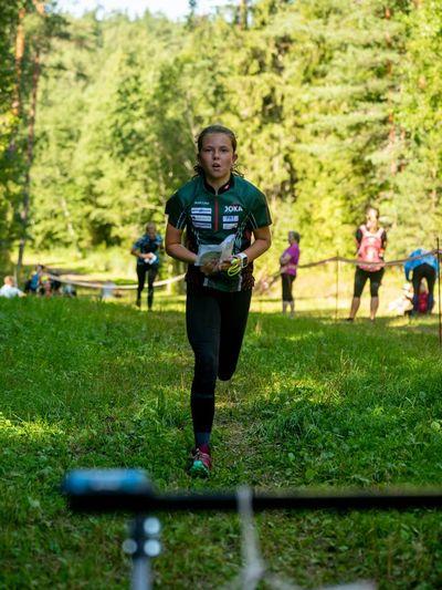 Fotol neidude klassi võitja Anett Liisa Parts.
