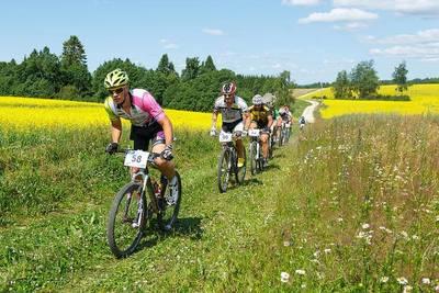 MTBest sarja igal etapil läheb kõigi osalejate vahel loosimisse viis nelja inimese kruiisi Rootsi