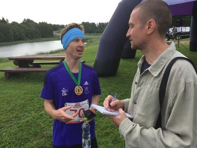 VI Mulgi maratoni võitja Uldis Klavins Lätist ajaga 2:33.41